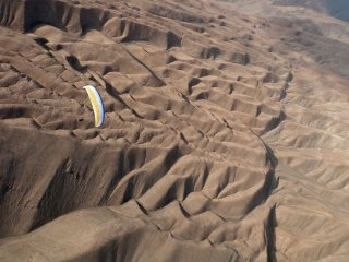 Fly Atacama - daily photoblog - Ned Izraelsen flying over Toro plateau near Tiliviche Canyon, The Atacama Desert, Chile